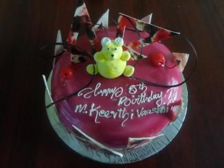 Blueberry n Teddy cake